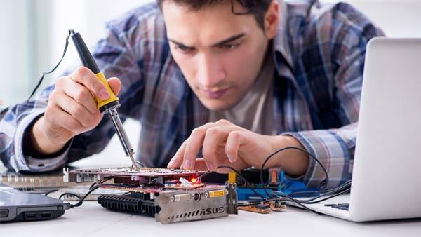 Τεχνικός Υπολογιστών ΙΕΚ
